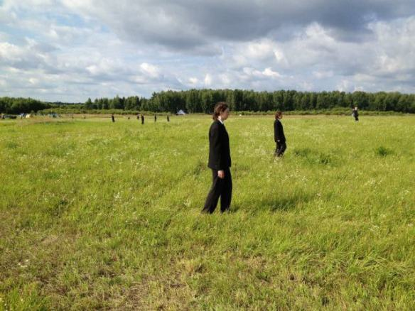 Poema Theatre. Выход из леса, 2013. Архстояние, Никола-Ленивец. Фото: Архстояние