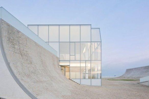 Steven Holl Architects (США), Cite de L'Ocean et du Surg, 2005-2011