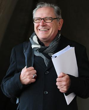 Дэвид Эллиотт после  биеннале в Сиднее (Sydney Biennale) в 2010